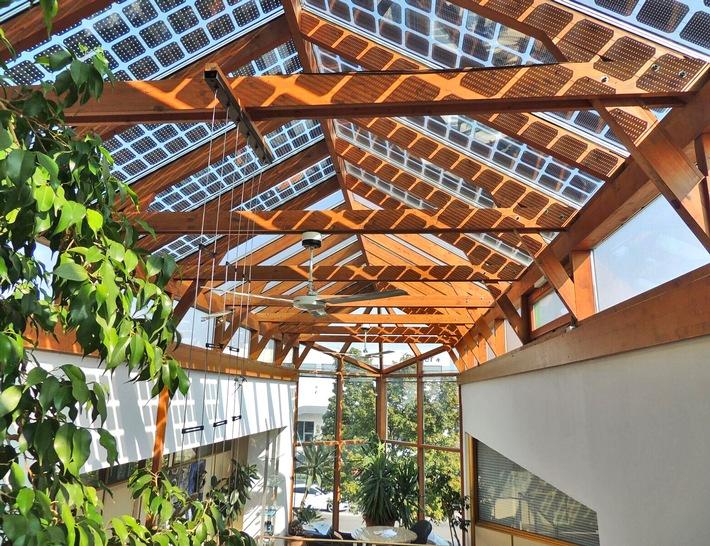 Semitransparente Photovoltaik: Weltneuheit aus Niederösterreich - ANHÄNGE