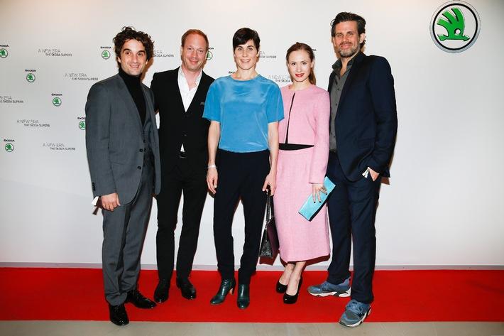 Weltpremiere des neuen SKODA Superb begeistert deutsche Schauspieler