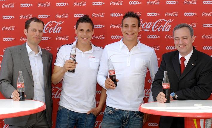 """""""Football on the Coke Side of Life"""" avec Johan Djourou, David et Philipp Degen"""