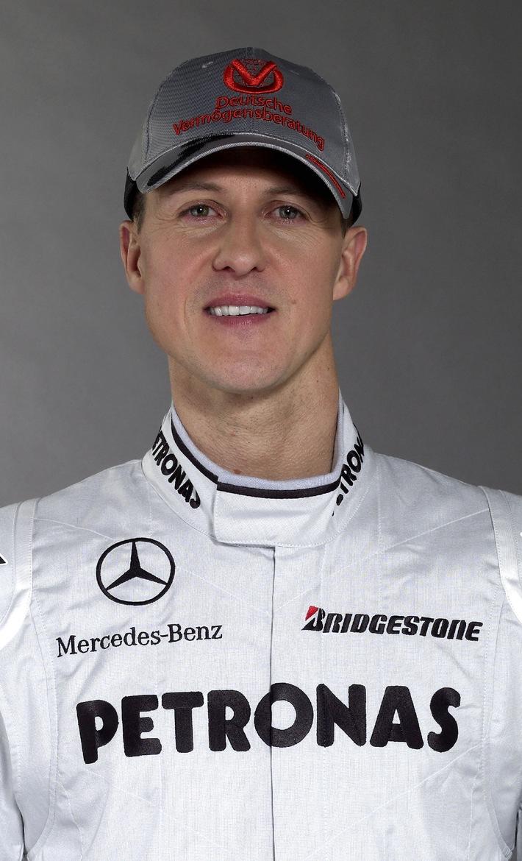 Michael Schumacher: Neuer Rennstall, gleicher Partner / Deutsche Vermögensberatung weiterhin auf Schumis Kappe