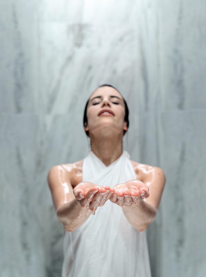 Neue Wellnessdimension: haki® - Kunst der Berührung / Einzigartige Pause für den Kopf für Einzelpersonen und Paare im Grand Resort Bad Ragaz