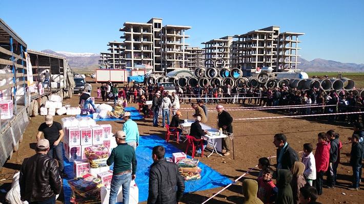 Irak - Terre des hommes verteilt Hilfsgüter an Vertriebene / Winterausrüstungen für 800 Familien auf der Flucht / Mehr als 2 Millionen intern Vertriebene im Irak