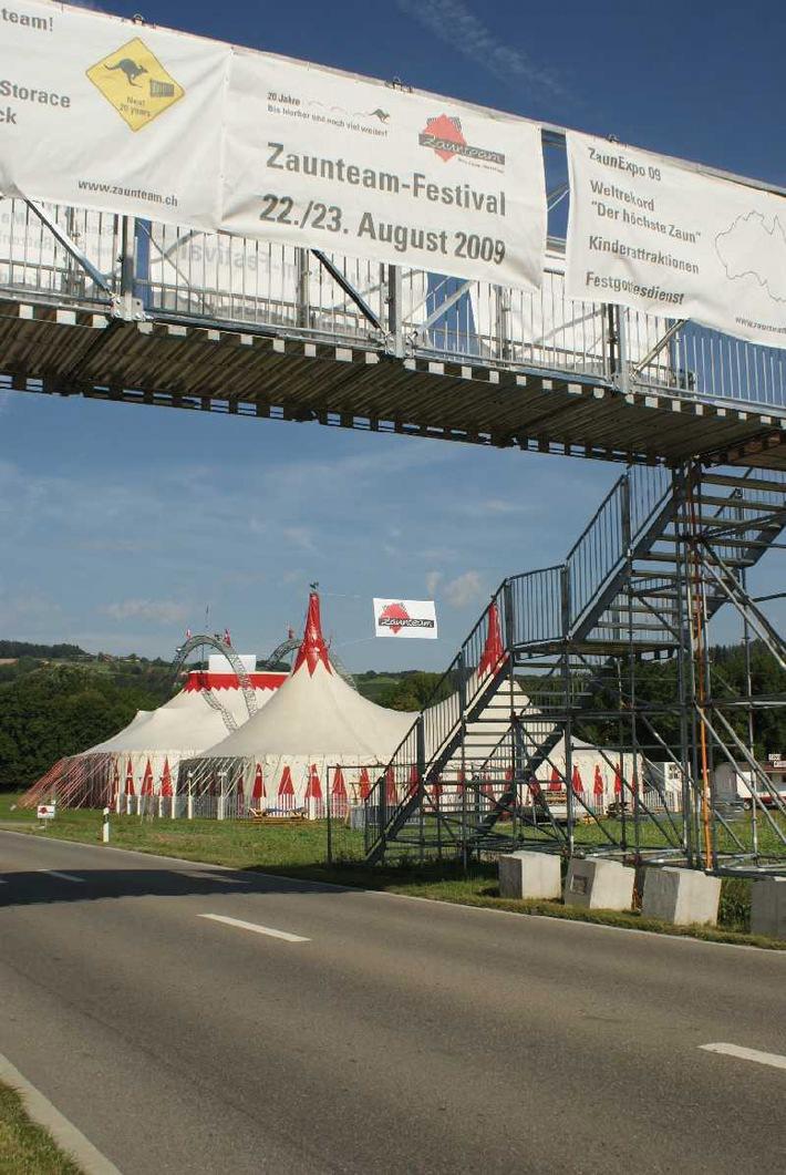 22. August 2009: Zaunteam plant spektakulären Weltrekordversuch - Steht der höchste Zaun der Welt bald in der Schweiz?