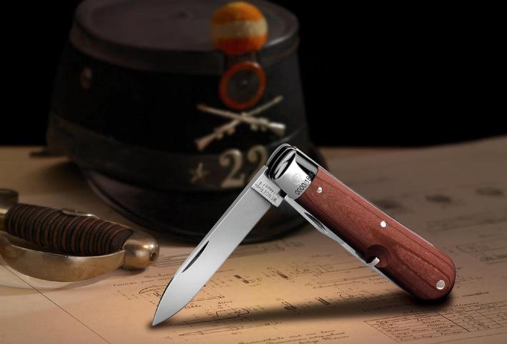 Eine Legende der Schweizer Messerindustrie - Replica des allerersten Soldatenmessers, von Wenger hergestellt seit 1901