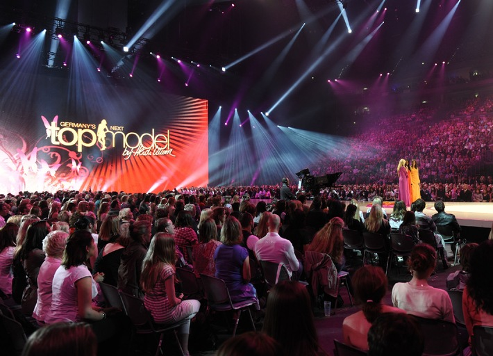 """Germany's next Topmodel - by Heidi Klum"": Das große Live-Finale in der Kölner LANXESS arena am 10. Juni 2010"