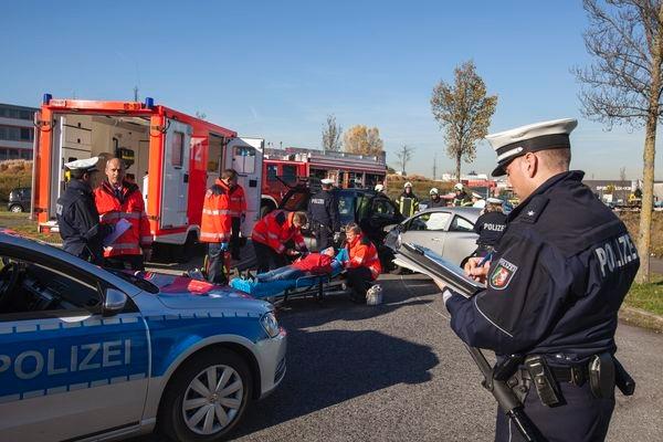 POL-REK: Fußgänger schwer verletzt - Brühl