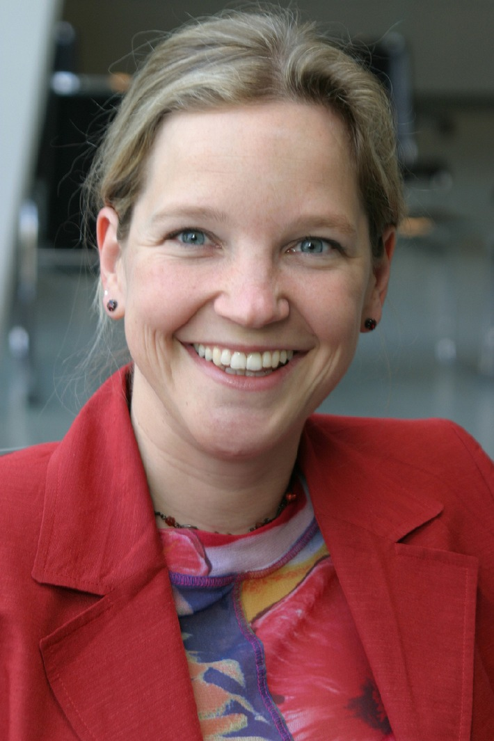 Dr. Angela Schulze wird Anzeigenrepräsentantin im Gruner + Jahr-Verlagsbüro Stuttgart