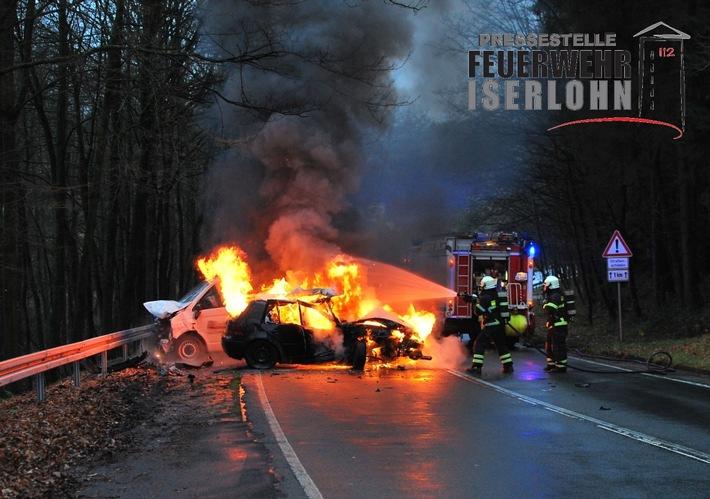FW-MK: Schwerer Verkehrsunfall auf der Dortmunder Straße - Einsatzreicher Nachmittag