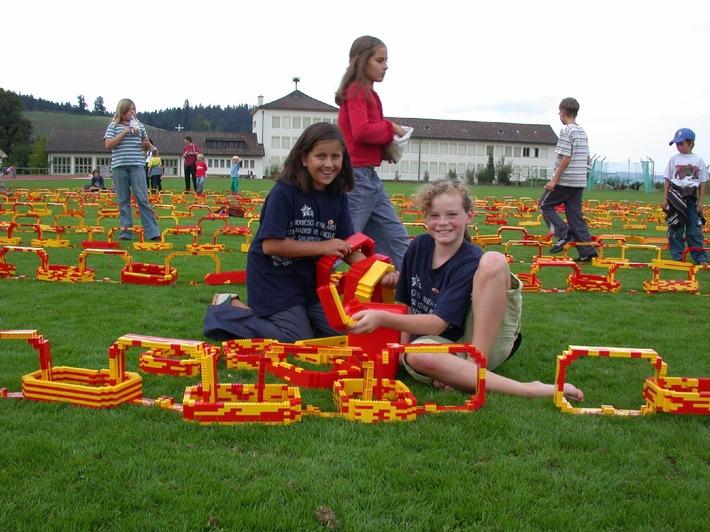 Sperrfrist: LEGO - Neuer Weltrekord anlässlich der 700 Jahre Feier in Willisau!