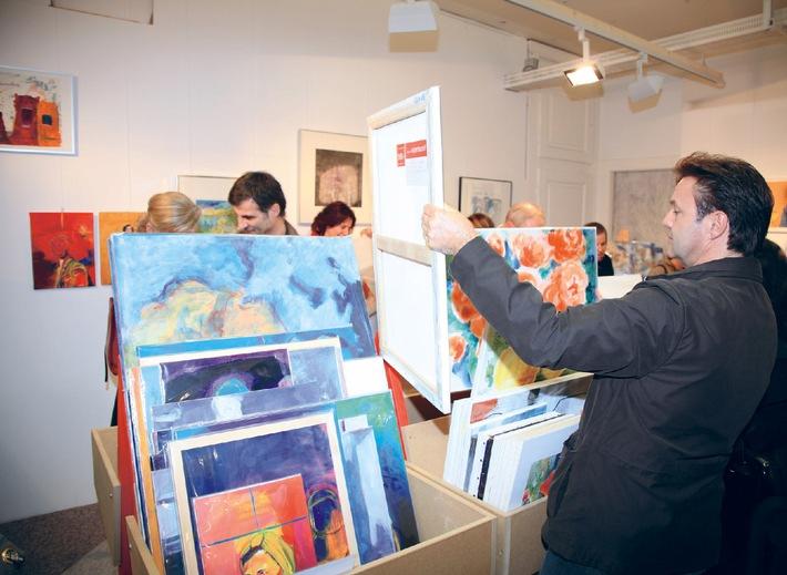 Der 8. Schweizer Kunst-Supermarkt eröffnet mit 5500 Originalwerken - 82 Kunstschaffende ausgewählt