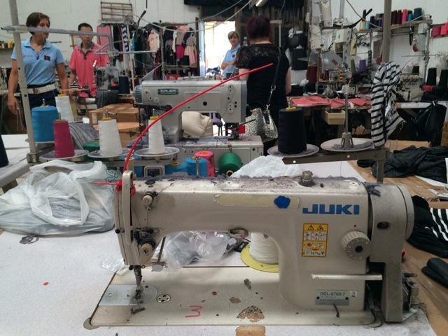 """Sklavenarbeit """"Made in Italy"""": """"Der große Waren-Check"""" in SAT.1 beleuchtet Billig-Modeproduktion unter Horror-Bedingungen mitten in Europa - am Mittwoch, 22. Oktober 2014, um 22:40 Uhr"""