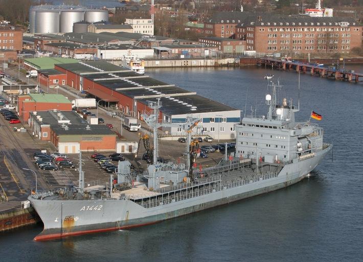 """Marine - Pressemeldung / Pressetermin: """"Spessart"""" läuft zu NATO-Verband aus"""