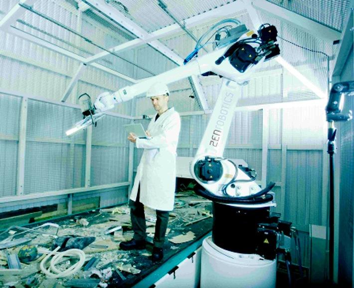Toel Recycling AG: Weltneuheit - Intelligenter Roboter übernimmt Bauschutt-Recycling