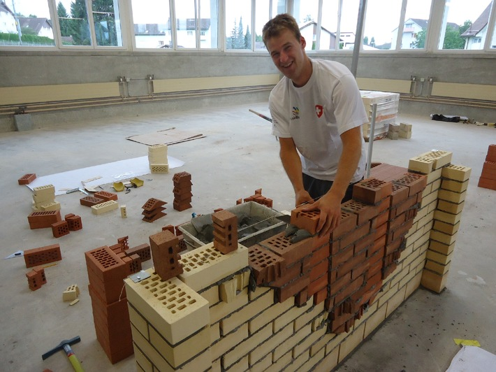 Schweizerischer Baumeisterverband: Beat Jung ist Vizeeuropameister der Maurer (BILD)