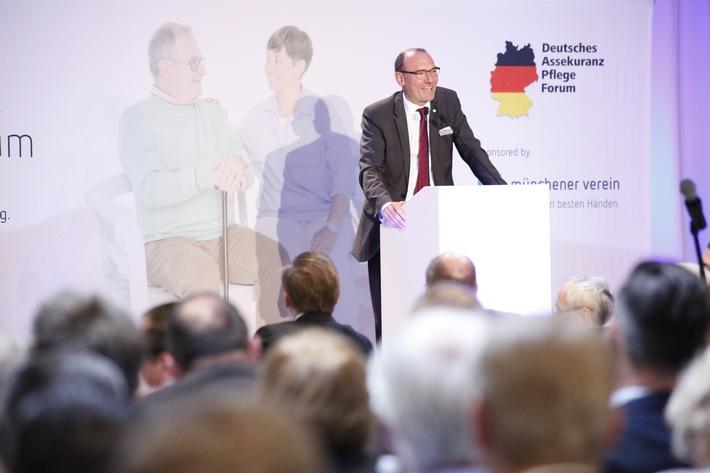 Mit Webinar und Videos vom Deutschen Assekuranz Pflege Forum jetzt Know-how für den Pflegevertrieb online erweitern!