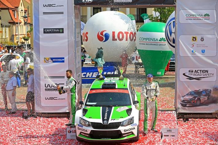 'Formel 1 im Wald': SKODA Fabia R5 bei der schnellsten WM-Rallye des Jahres am Start