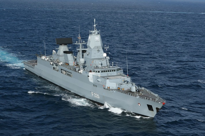 """Marine - Pressemitteilung / Pressetermin: Einsatzpremiere für die Fregatte """"Hamburg"""" (mit Bild)"""