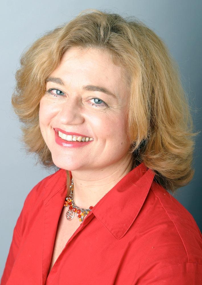 Helma Spieker, Gesamtanzeigenleiterin der G+J-Verlagsgruppe  Frauen/ Familie/ People, übernimmt zusätzlich Anzeigenleitung der  Verlagsgruppe BRIGITTE und folgt auf Lars Lehne