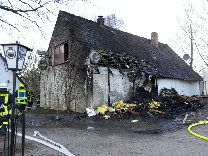 FW-PLÖ: Feuerwehr verhinderte Schlimmeres.