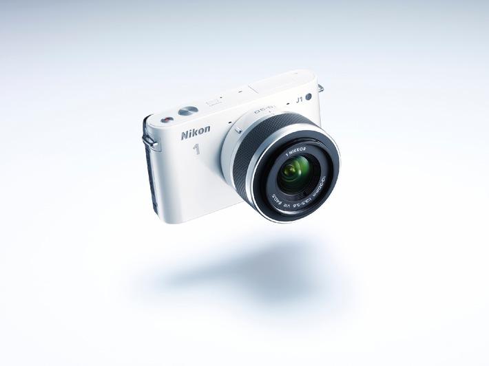 Nikon stellt das schnellste, kleinste und leichteste Kamerasystem der Welt vor: Nikon 1