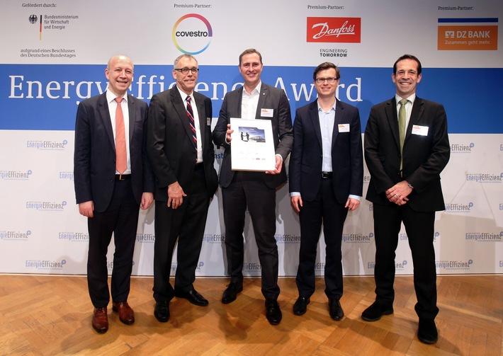 """Vorbild in puncto Energieeffizienz: Lidl gewinnt den ersten Preis beim Energy Efficiency Award 2015 / Die Auszeichnung erhält Lidl für seine energieeffiziente Filialgeneration """"ECO2LOGISCH"""""""