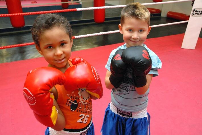 """Drei Jahre """"Wir aktiv. Boxsport & mehr"""" in Berlin-Schöneberg: 150 Kinder und Jugendliche nutzen das Sportangebot des Stadtteilprojekts"""