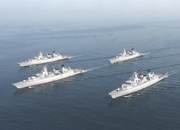 Marine - Pressemitteilung / Pressetermin: Kommandowechsel beim 2. Fregattengeschwader