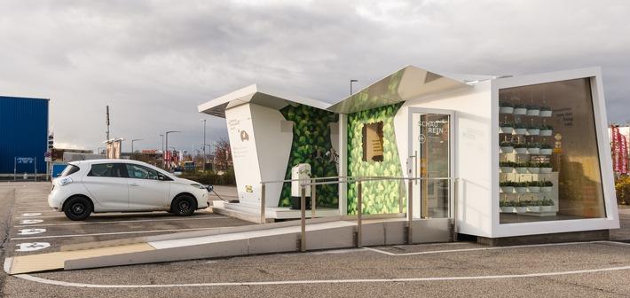 E-Tankstelle mit cleveren Ideen für ein nachhaltiges Zuhause / IKEA eröffnet erste Charge Lounge in Ludwigsburg