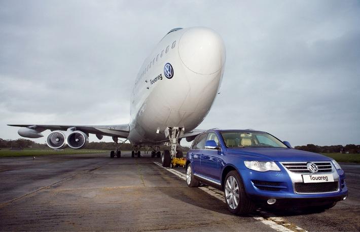 Rekordverdächtig: Touareg zieht Boeing 747