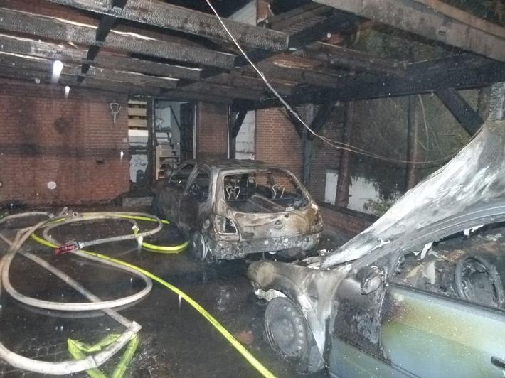 POL-MI: Brand zerstört zwei Autos und beschädigt Wohnhaus