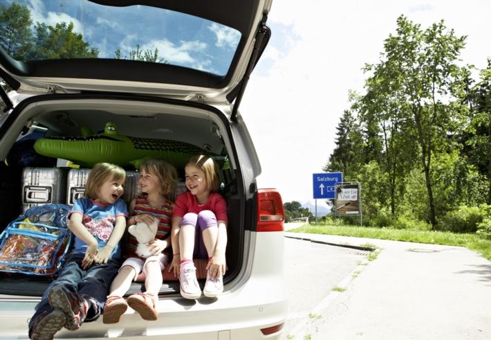 Entspannt in den Sommerurlaub starten / Fahrzeug-Check schützt vor Pannen