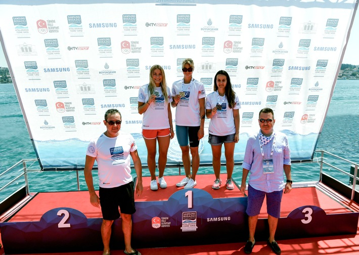 Marburger Freiwasserschwimmerin beim 29. Cross-continental Swimming Race: Nathalie Pohl erzielt weiteren Erfolg am Bosporus