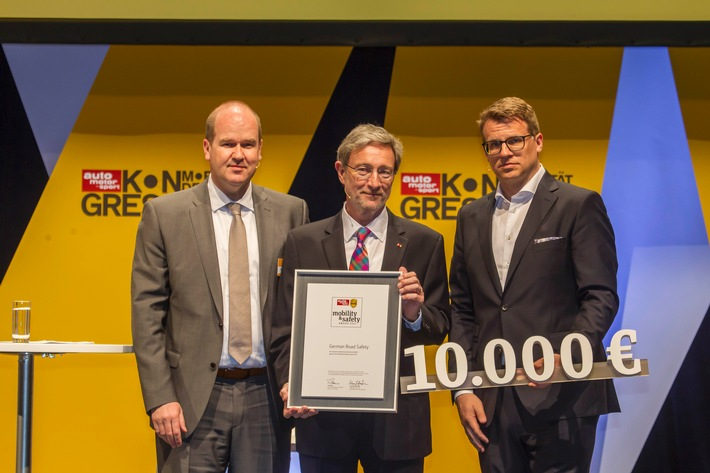 "auto motor und sport und HUK-COBURG zeichnen Initiative ""German Road Safety"" aus"