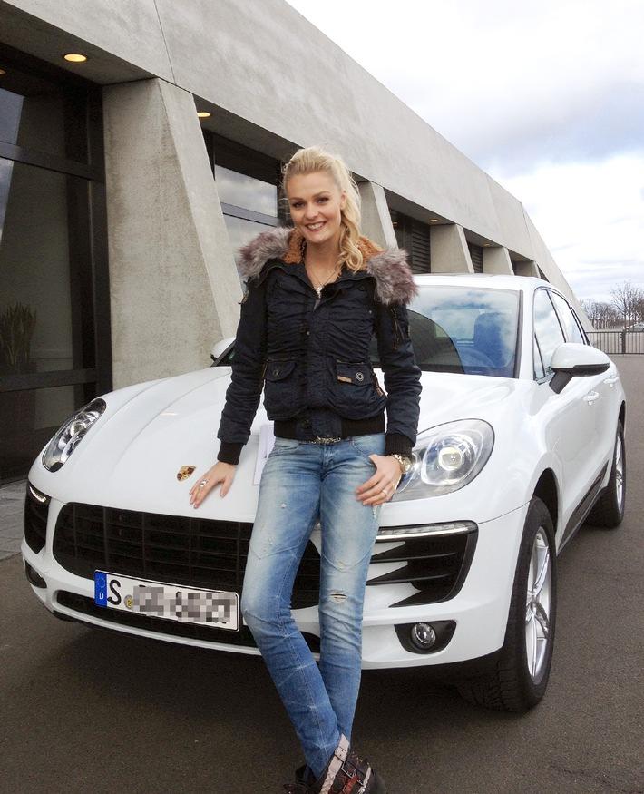 """""""GRIP - Das Motormagazin"""": Der schnellste Fiat 500 der Welt / Porsche Macan vs. Mercedes GLA 45 AMG / Autoversteigerung / Sendetermin: Sonntag, 30. März 2014, um 18:00 Uhr bei RTL II"""