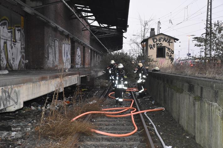 FW-DO: 01.12.2016 Feuer in der Nähe des Hauptbahnhofes
