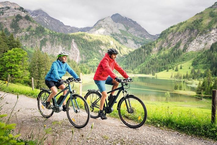 Radreisen immer beliebter: Mit dem Leih-Pedelec auf die Schwäbische Alb und durch Südtirol / Bosch eBike Systems fördert zukunftsweisende Tourismus-Projekte