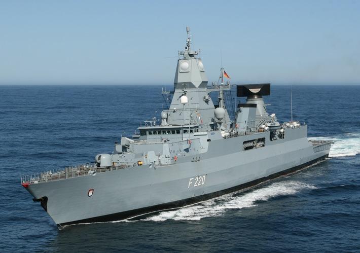 Einsatz- und Ausbildungsverband 2014 sticht in See
