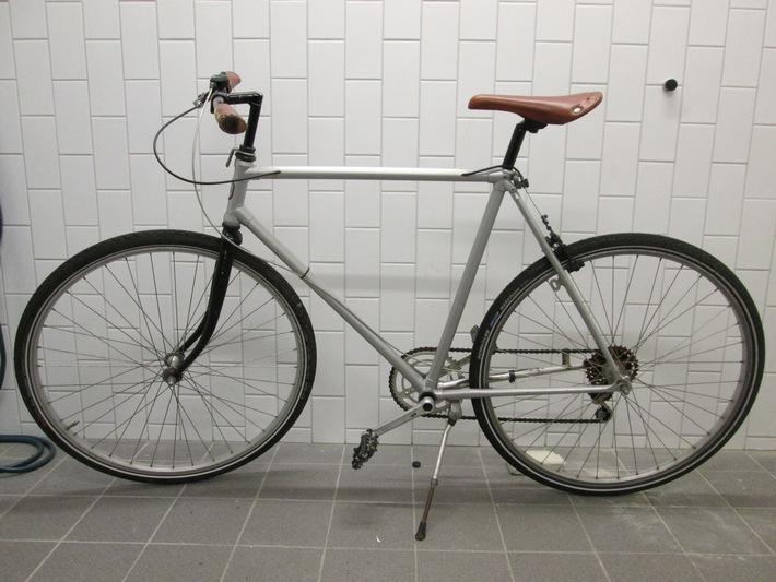 POL-DA: Darmstadt: Polizei sucht rechtmäßigen Fahrradbesitzer
