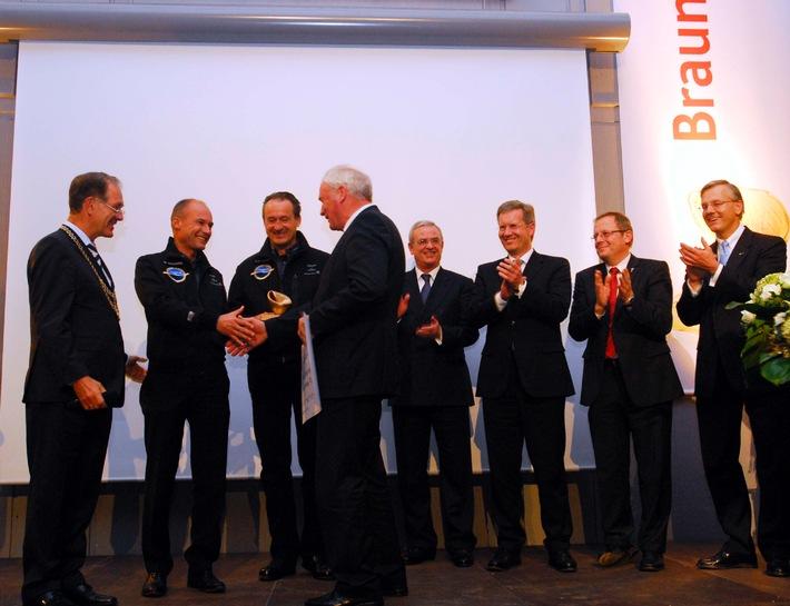 Verleihung des Braunschweiger Forschungspreises 2009 an die Pioniere des solaren Fliegens: Piccard und Borschberg