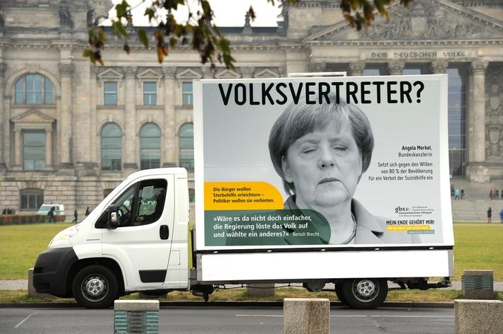 """""""Ein Musterbeispiel für christlichen Lobbyismus"""" / Plakatkampagne will Parlamentarier zum Einlenken in Sachen Sterbehilfe bewegen"""