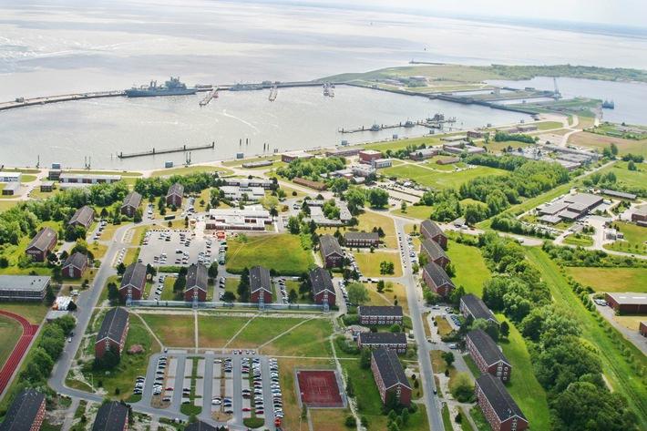 Marine - Pressemitteilung / Pressetermin: Verteidigungsminister zu Guttenberg zu Besuch bei der Marine und beim Marinearsenal in Wilhelmshaven