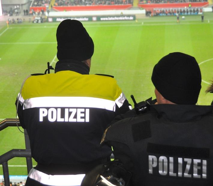 POL-PPWP: FCK - 1860 München ohne Probleme für die Polizei
