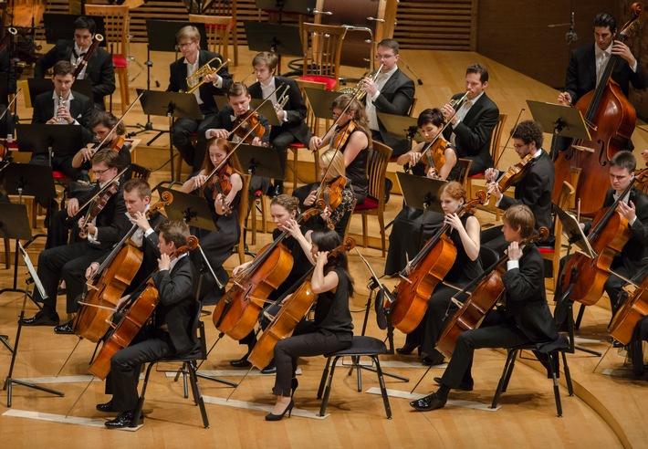 Schüco präsentiert ein interkulturelles Jugend-Orchesterprojekt in Moskau und Berlin / Musikalischer Dialog