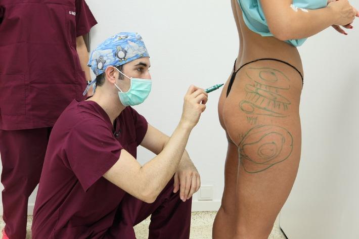 """Gesichtsstraffung, Familienspa� und Einrichtungsstress - der ganz normale Alltag der Schönheitschirurgen Dr. Fatemi und Dr. Rippmann! """"Die Beauty Docs"""" ab 29. Januar 2013 um 21.55 Uhr auf sixx"""