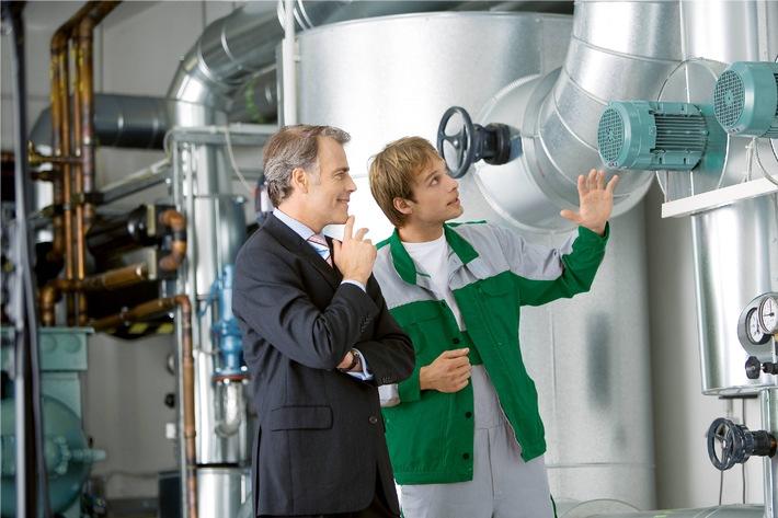 E.ON und DEKRA kooperieren bei Energieeffizienz