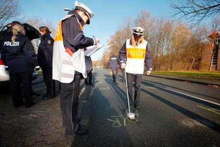 POL-REK: Verkehrsbehinderungen durch Unfallstelle - Kerpen