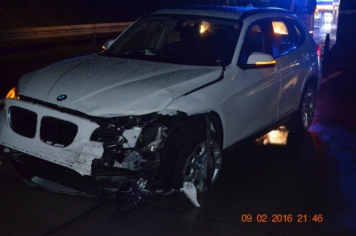 POL-HI: Schwerer Unfall mit drei schwer verletzten Personen auf der A 7 bei Hildesheim