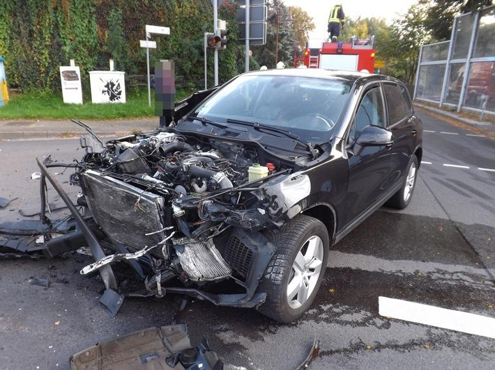 VW Touareg mit Totalschaden