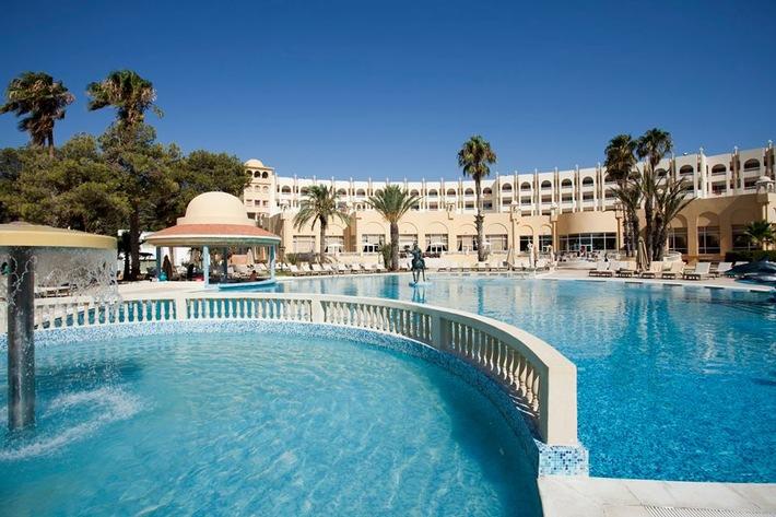 """Pressemitteilung: """"Drittes Haus in Tunesien: Deutsche Hospitality eröffnet Steigenberger Hotel Palace Marhaba in Hammamet"""""""