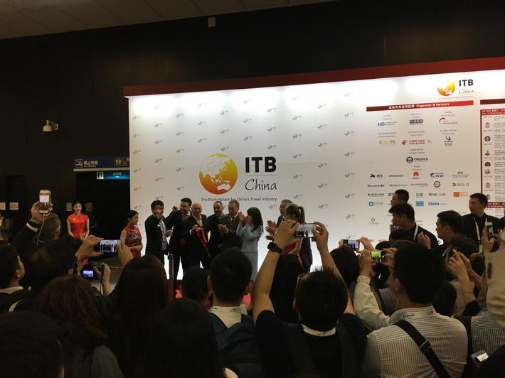 Eröffnungsbericht / Ausgebuchte ITB China feiert Premiere in Shanghai